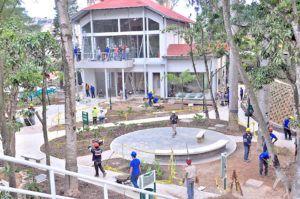 Últimos preparativos antes de la inauguración en 2015