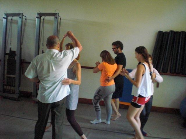 Taller DMT y Tango, por María Teresa Gil. Asociación Venezolana de Danza Movimiento Terapia