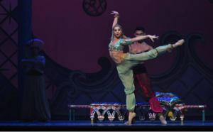 La Danza Árabe. Foto: Janina Kristek