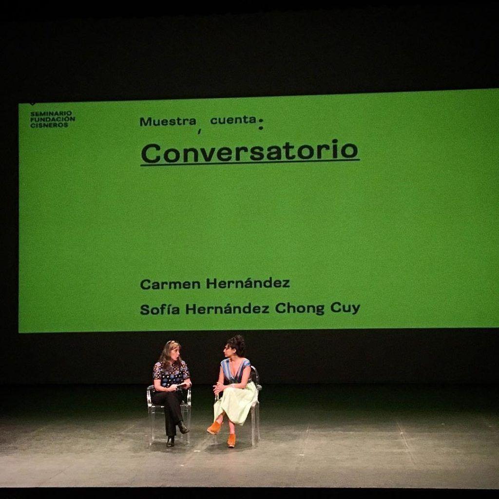 Conversatorio entre Carmen Hernández y Sofía Hernández. Foto Carlos Ancheta