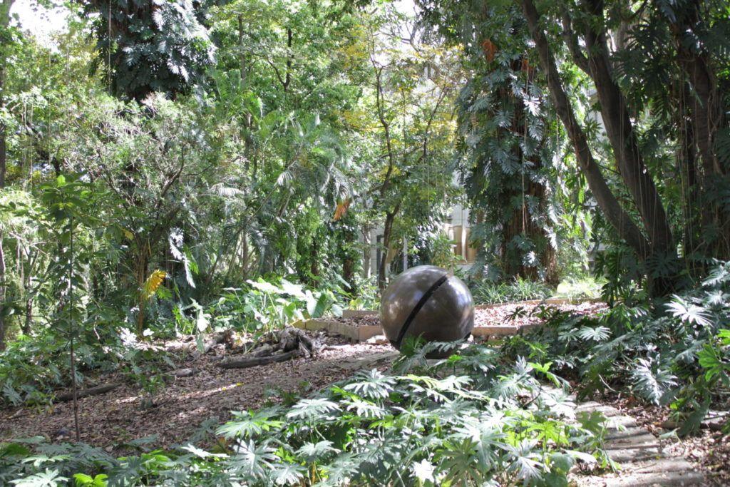 Jardín de Esculturas del MBA. Foto: Ricardo Quintanilla