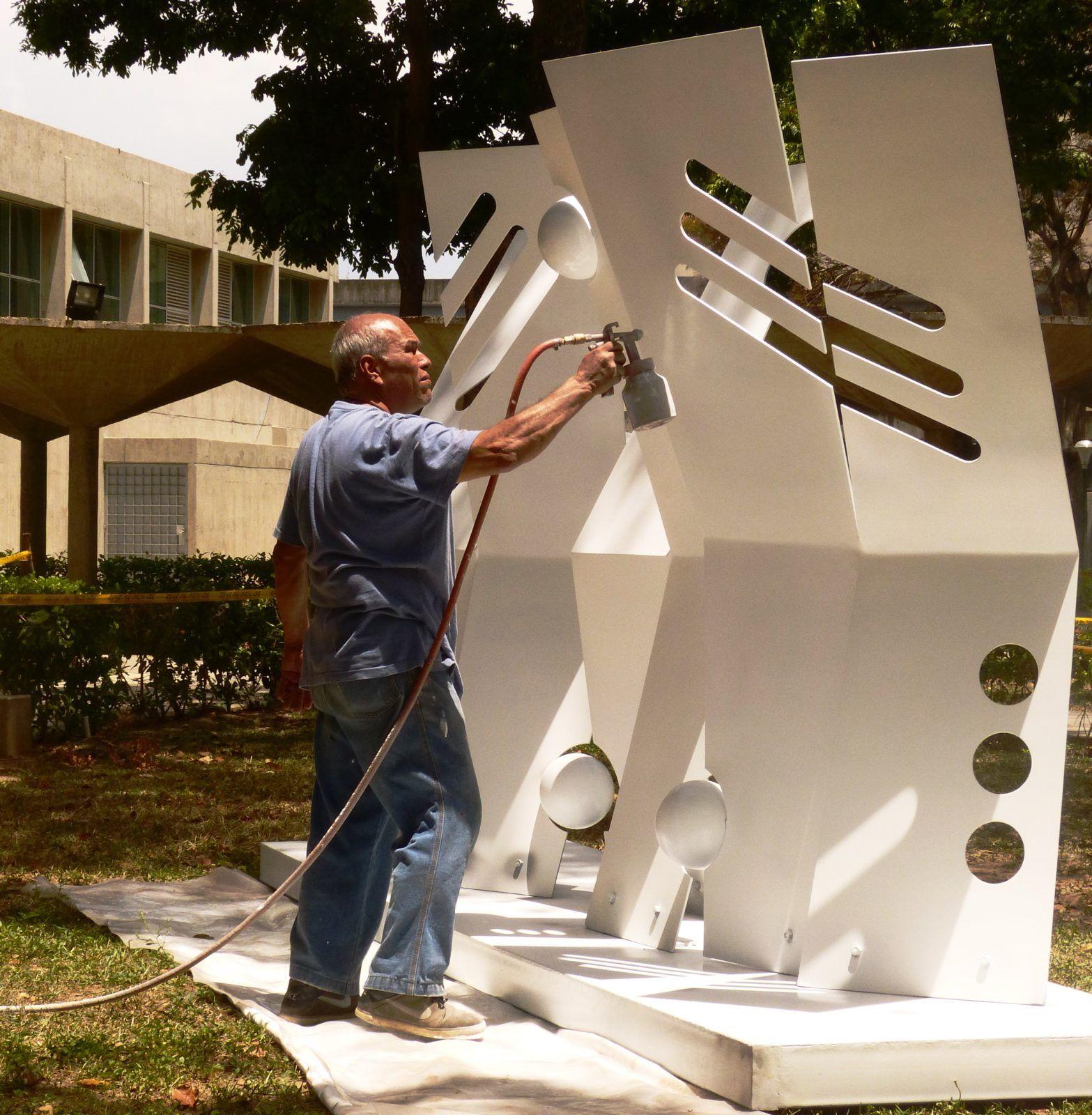 trinidad_instalacion_artista_ucab
