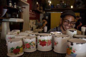 Estas tazas conservan recuerdos Fotos: Gerardo Rojas