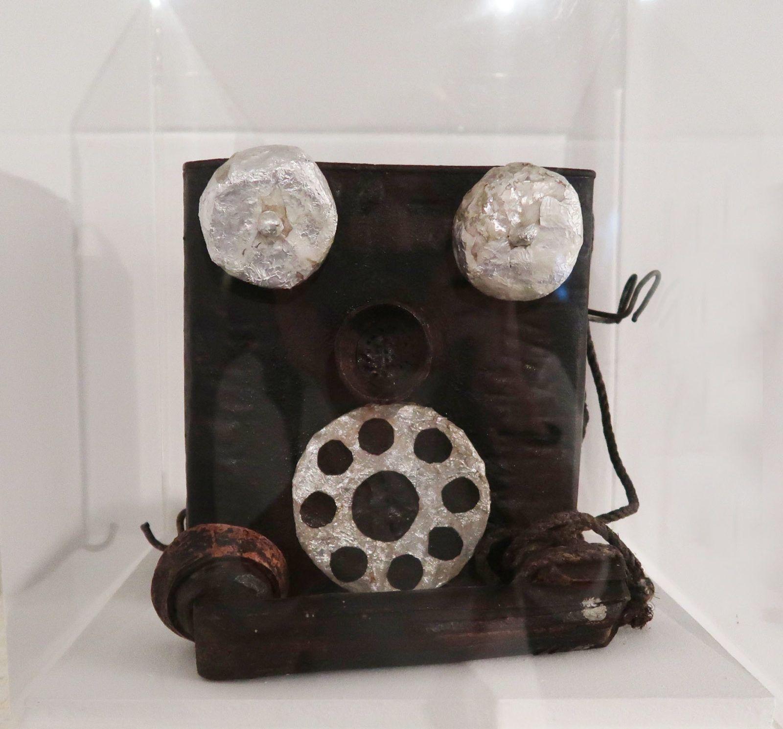 """""""Teléfono"""" (1940) de Armando Reverón"""