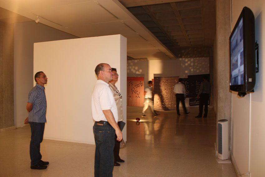 Sala del Maczul en exposición de Emilio J. Narciso.