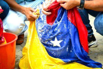protesta-bandera-venezuela